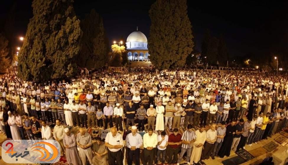 مشارکت ۵۰ هزار نفر در اولین نماز جمعه مسجد الاقصی