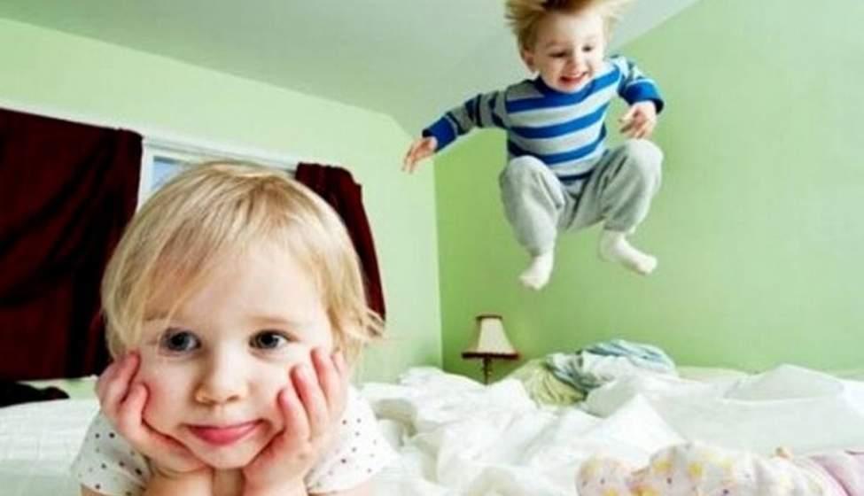 با کودکی که از دیوار راست بالا میرود، چه کنیم؟